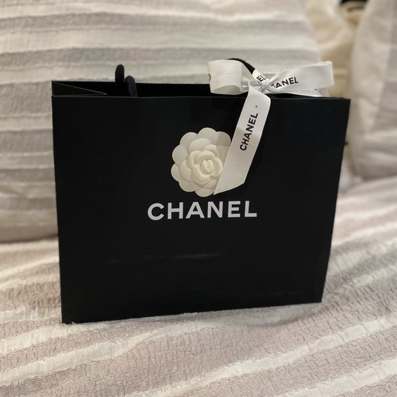 Chanel shopping bag with camelia and ribbon